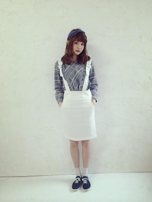 白スカート