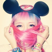香港ファッションモデル・EVA Cheungの個性的ファッションがすごい