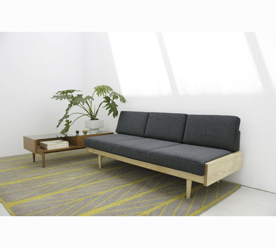 day-ded-sofa_004