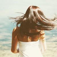 髪の毛の乾燥対策におすすめなヘアケア方法とヘアケア剤をご紹介☆