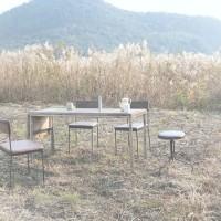 木と鉄の経年変化が味わい。兵庫県で作られる家具【枯白/koku】