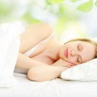 寝ている時間も美肌の時間。【スリーピングパック】の効果と使い方をご紹介