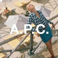 【A.P.C.】で憧れのシンプルフレンチスタイルを楽しもう♡