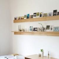 壁を大きく傷付けず、簡単に取り付け可能。無印良品の「壁につけられる家具」が便利すぎる!