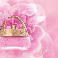 Anna-Sui-Dreams-In-Pink-Fragrance-2014-600x393