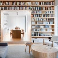 書斎がなくても心配無用♪本棚を間仕切りにして足りない収納を補強しましょう!