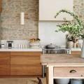 corian-stone-kitchen-backsplash-600x750