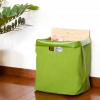 バッグにしても、収納にしても。使い方自由な【タープバッグ】が今人気です。