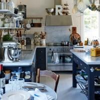 生活感あふれるキッチン空間をプチプラアイテムでオシャレ空間に♪