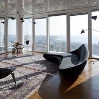 オリンピックスタジアムのデザイナー建築家ザハ・ハディドの家具と照明