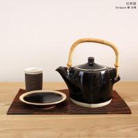 シンプルモダンで美しい器。出西窯の器で彩る食卓が素敵!