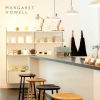 心地よさを演出する「マーガレット・ハウエル」のカフェで寛ぎタイムを☆