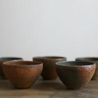 種子島焼の伝統を守り独自の世界を作り続ける、陶芸家・野口悦士さんの器たち