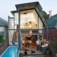 この大きさなら作れるかも?小さなプールのある住宅♪