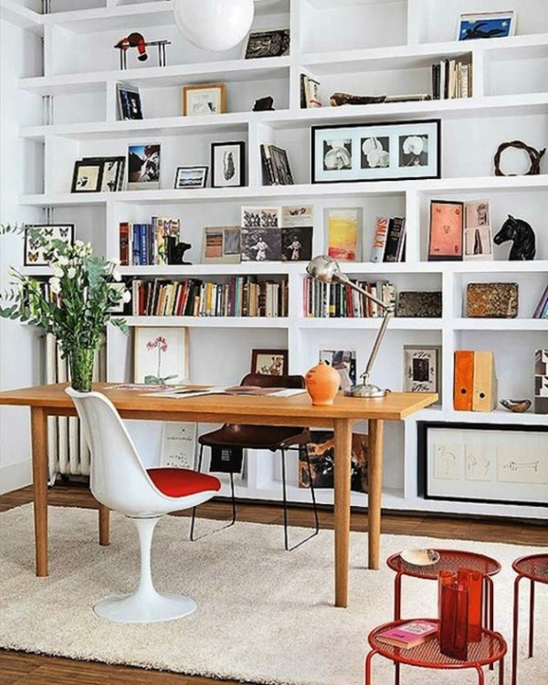 How-to-Style-A-Bookshelf-on-the-Interior-Collective-2