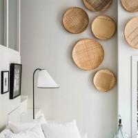 編みカゴを壁に飾ろう♪夏を彩る『涼』『陽』『静』…さまざなまスタイルのインテリア・デコレーション