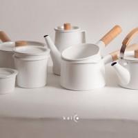 使いやすさを追求したシンプルなデザイン。日本の生活に馴染む【kaico】のホーロー鍋や容器たち