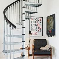 賃貸の寂しい壁をIKEAのアートで立体感のあるインテリア空間に!