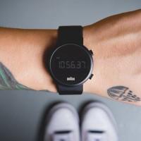 電気シェーバーだけじゃない!シンプルが美しいBRAUNの時計をご紹介