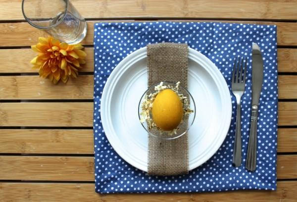 Polka+Dot+Easter+Table+Setting