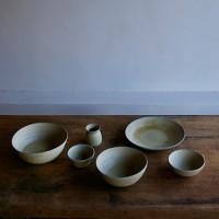 静かな主張を感じる、SOKの陶器たち。素朴でぬくもり溢れる魅力ある作品が素敵!