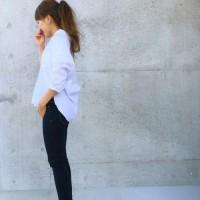 定番スキニーデニムは大人女子のマストアイテム!今年っぽく着こなす方法とは?