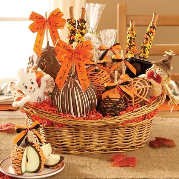 Premium-Halloween-Basket-3-Apples-Seasonal-Characters-Candy-14-X10-X12-_5909442