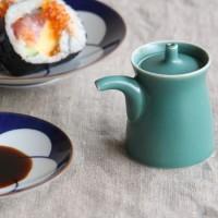 日本の優れたデザインを、いつもそばに。使い手のことを考えた【白山陶器】のG型しょうゆさし