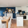 blue-accent-wall-open-space-600x372