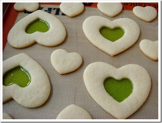 stained-glass-valentine-cookies-2_thumb