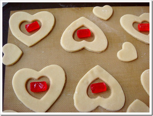 stained-glass-valentine-cookies-3_thumb