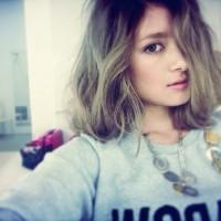ローラさん髪型15選☆ミディアム〜ロングの垢抜けヘアスタイル集