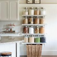 キッチンの食材保存を見直そう!いつもの掃除を楽にする、おしゃれな収納例をご紹介♪