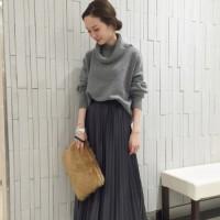 プリーツスカートコーデ集☆女性らしく可愛いスタイルが楽しめます♡