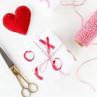 バレンタイン気分を120%楽しむ♡ハートモチーフを活かしたラッピング実例集
