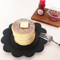 カフェみたいなふんわりケーキをお家で作ろう♪セリアの大人気商品「厚焼きホットケーキ型」