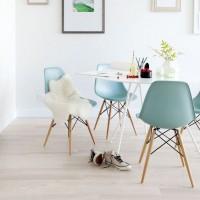 世界中の家具デザイナーに影響を与えた名作!イームズシェルアームチェアがある素敵な暮らし☆