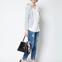 春に持ち歩きたいバッグ♡これからバッグを買うならミニマム&四角のアイテムを狙って!