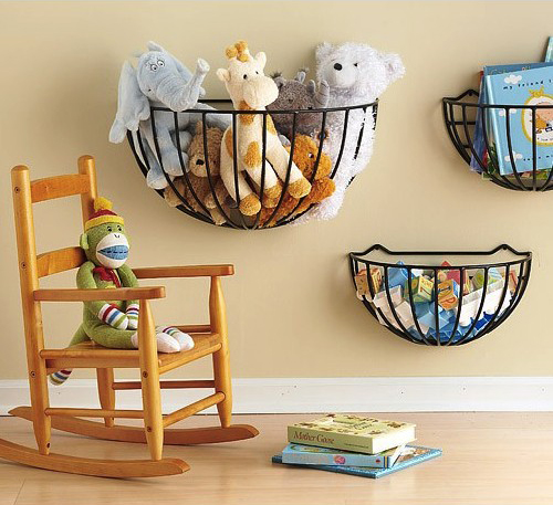 garden-baskets-for-toys