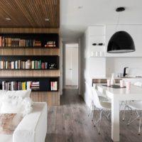 木の温もりを常に感じていたい。温かみのある無垢床で味わい深い部屋作り。