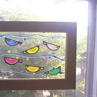 100均ガラス絵の具で、ステンドグラス風の素敵なオリジナル雑貨を作ろう♪