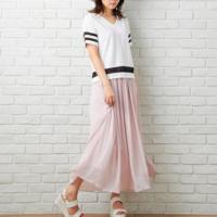 夏のきれいめカジュアルスタイルに♪遊び心満載な「カラースカート」コーデ特集!