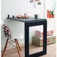 これは便利!必要な時だけ出てきてくれる折り畳み式テーブル「Fold Down Craft Table」