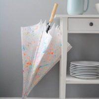 自分だけのオリジナル傘に変身!ビニール傘のデコレーションをしてみませんか?