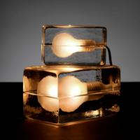 氷のようなランプ。どこに置いても素敵な【Block Lamp(ブロックランプ)】をご紹介☆