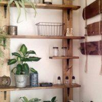 賃貸住宅でも安心♪壁を傷つけず棚を設置できる「ディアウォール」で簡単DIY♪