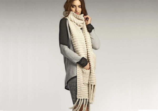 peruvian-organic-cotton-knit-scarf-with-pockets