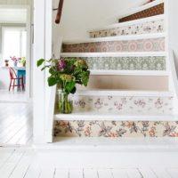 おしゃれな階段に憧れる♪素敵な階段インテリアのリメイクアイディアと実例集☆