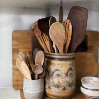 秋色インテリアにピッタリの木製食器で、食卓も秋仕様にしませんか?