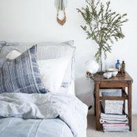お気に入りの空間にこだわって♡素敵な「ベッドサイド」の風景を集めました